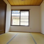 2面採光で明るい和室(内装)