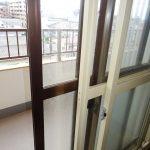 サッシには内窓が付いて、断熱性をアップさせてます。