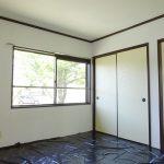 和室6帖 黒いシートは畳の日よけ用です。