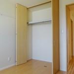 5帖洋室の収納(内装)