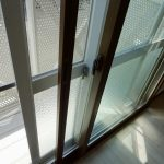内窓付きサッシ、断熱性が高く結露しにくいです。