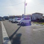 広々停めやすい駐車場