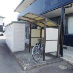 屋根付き駐輪場(玄関)